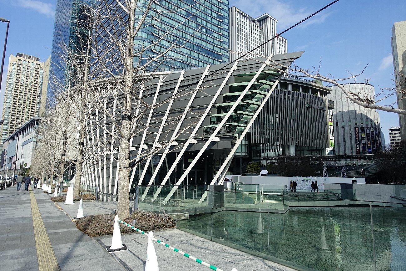 グランフロント大阪 うめきた広場_c0112559_08522982.jpg