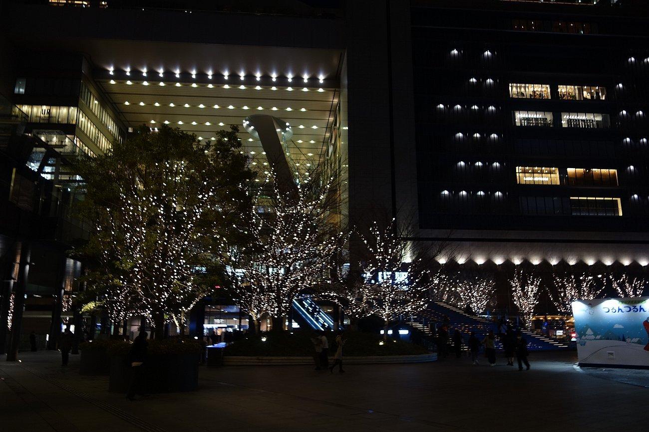 グランフロント大阪 うめきた広場_c0112559_09042673.jpg