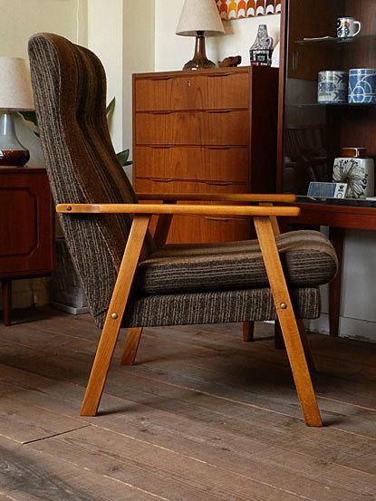 Highback easy chair_c0139773_17333042.jpg