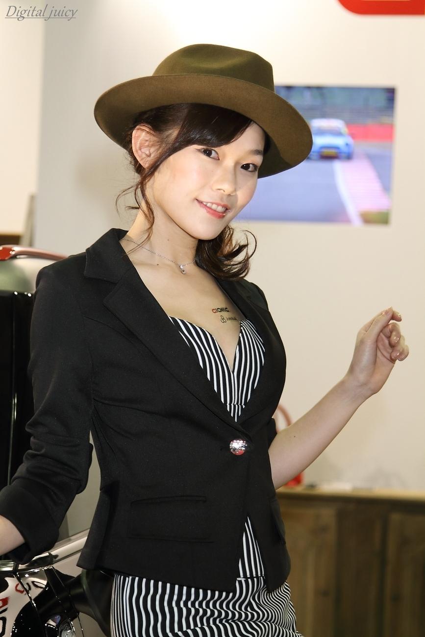 河谷静香 さん(GIOMIC ブース)・・・ パート1_c0216181_00371948.jpg