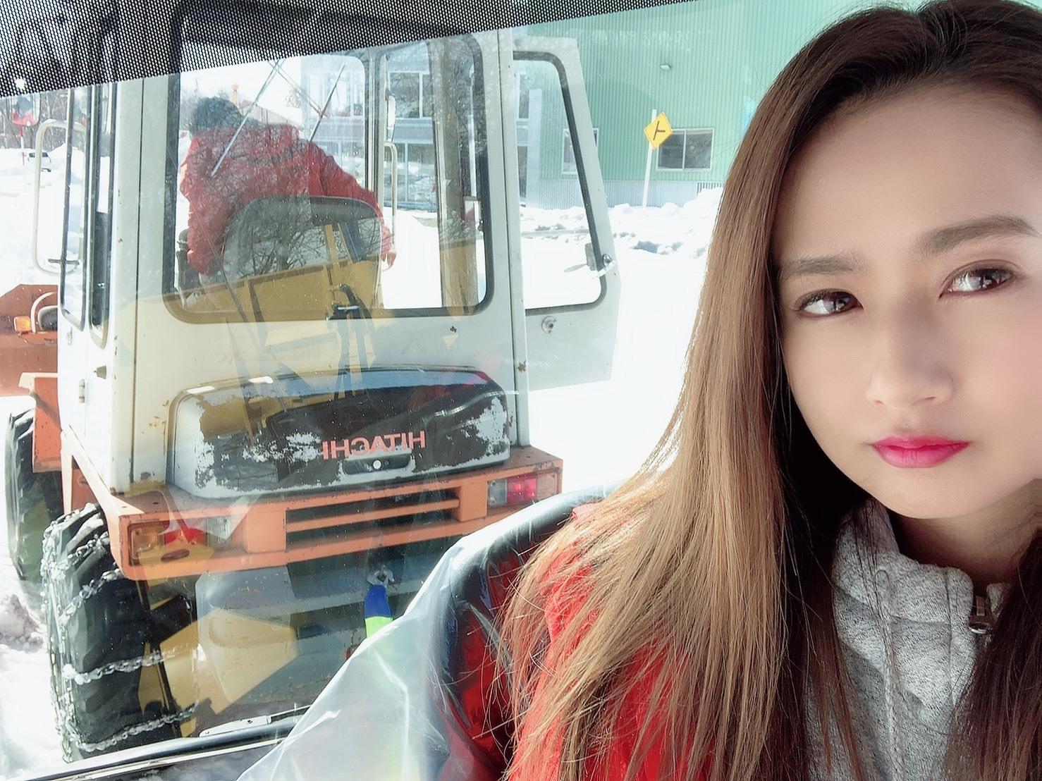 2月26日(水)TOMMYBASEブログ☆インプレッサ WRX STI限定車展示中!!スバル♪レクサス♪自社ローン全国対応!_b0127002_16054574.jpg