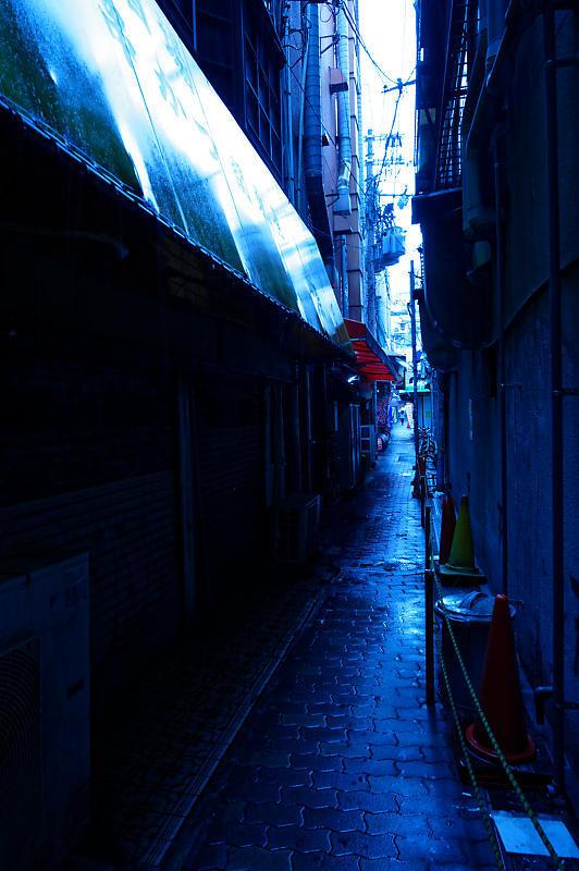 雨の鶴橋寸景 其の一_f0032011_20173071.jpg