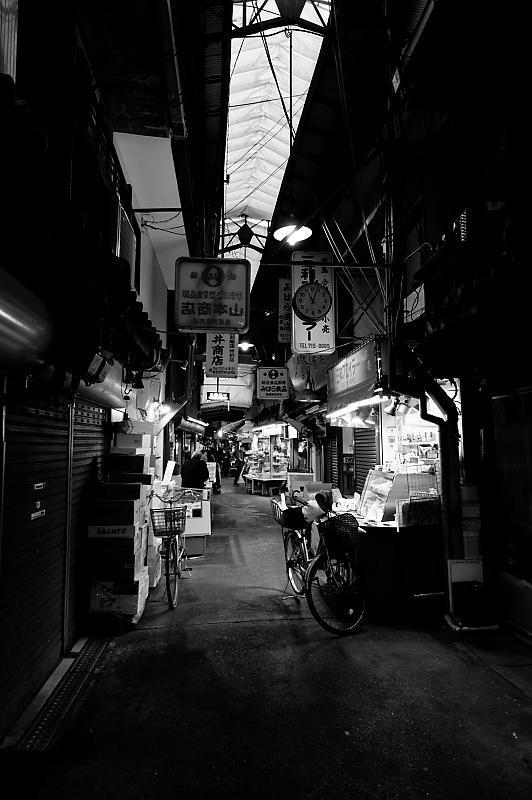 雨の鶴橋寸景 其の二_f0032011_21125241.jpg