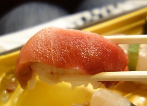 ひっさびさの歌舞伎座で美登利寿司を食べ、梅丸改め莟玉を見る_c0030645_21505490.jpg
