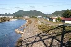 横越と道塚堤(どうづかてい)_f0197754_00490797.jpg
