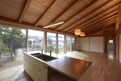 Q1住宅L2二ツ井:キッチン_e0054299_17544336.jpg