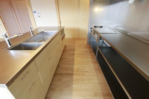 Q1住宅L2二ツ井:キッチン_e0054299_17561396.jpg