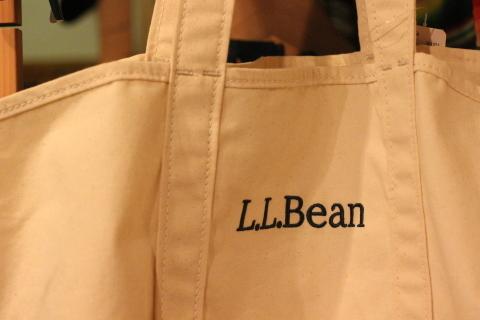 「L.L.Bean」使えるバッグアイテム3型ご紹介_f0191324_08253132.jpg