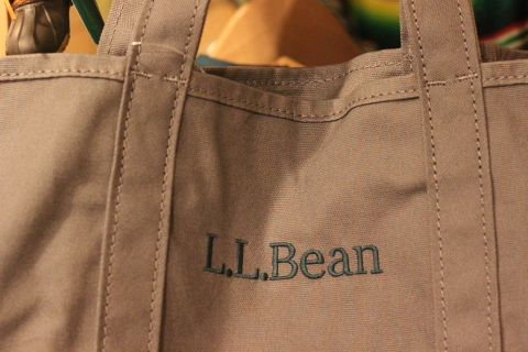 「L.L.Bean」使えるバッグアイテム3型ご紹介_f0191324_08255086.jpg