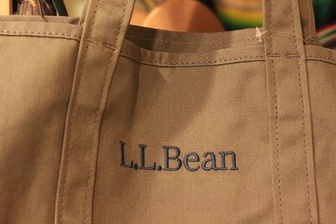 「L.L.Bean」使えるバッグアイテム3型ご紹介_f0191324_08263432.jpg