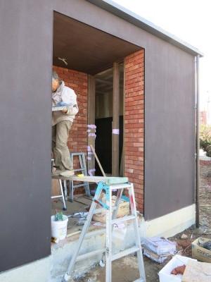 Aカフェの施工状況、レンガの壁_e0097130_23362129.jpg