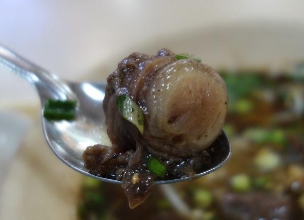 牛のおちんちんが食べたければバンコクのMBKに行け!_c0030645_19431313.jpg