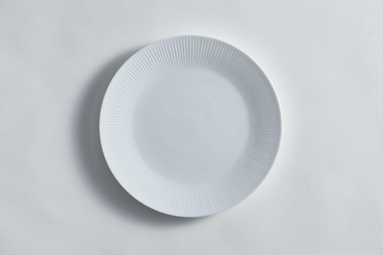 3月のうつわ『彫付 丸皿』_f0220354_16113964.jpeg