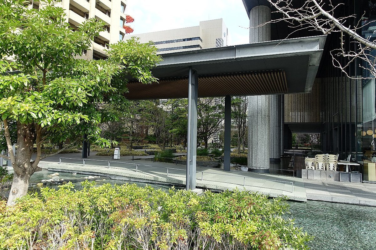 グランフロント大阪 ザ・ガーデン_c0112559_08242392.jpg