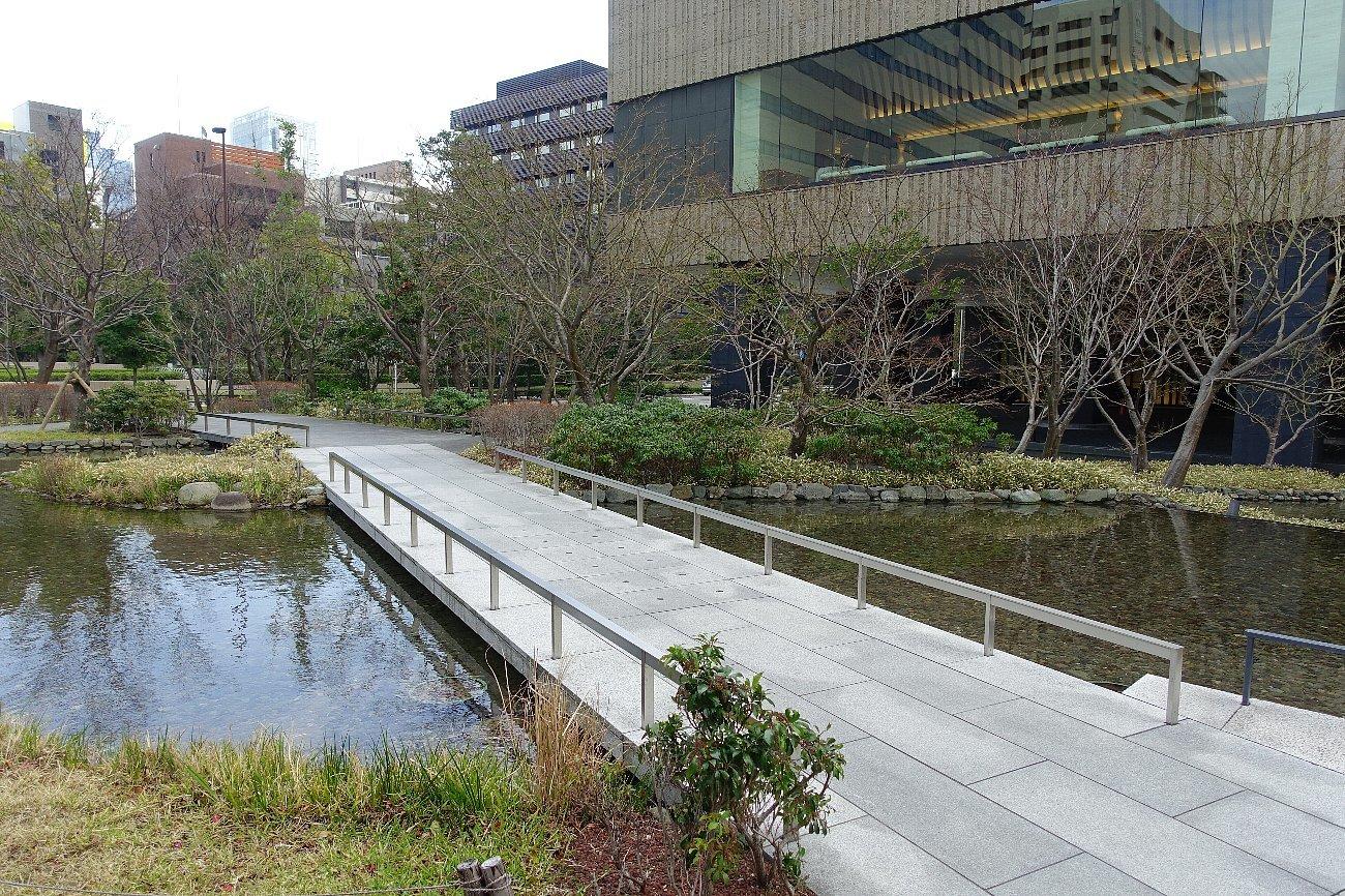 グランフロント大阪 ザ・ガーデン_c0112559_08283331.jpg