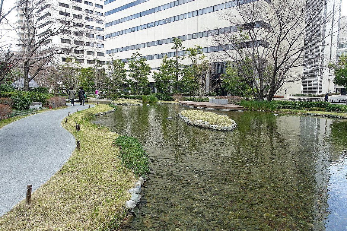 グランフロント大阪 ザ・ガーデン_c0112559_08285924.jpg