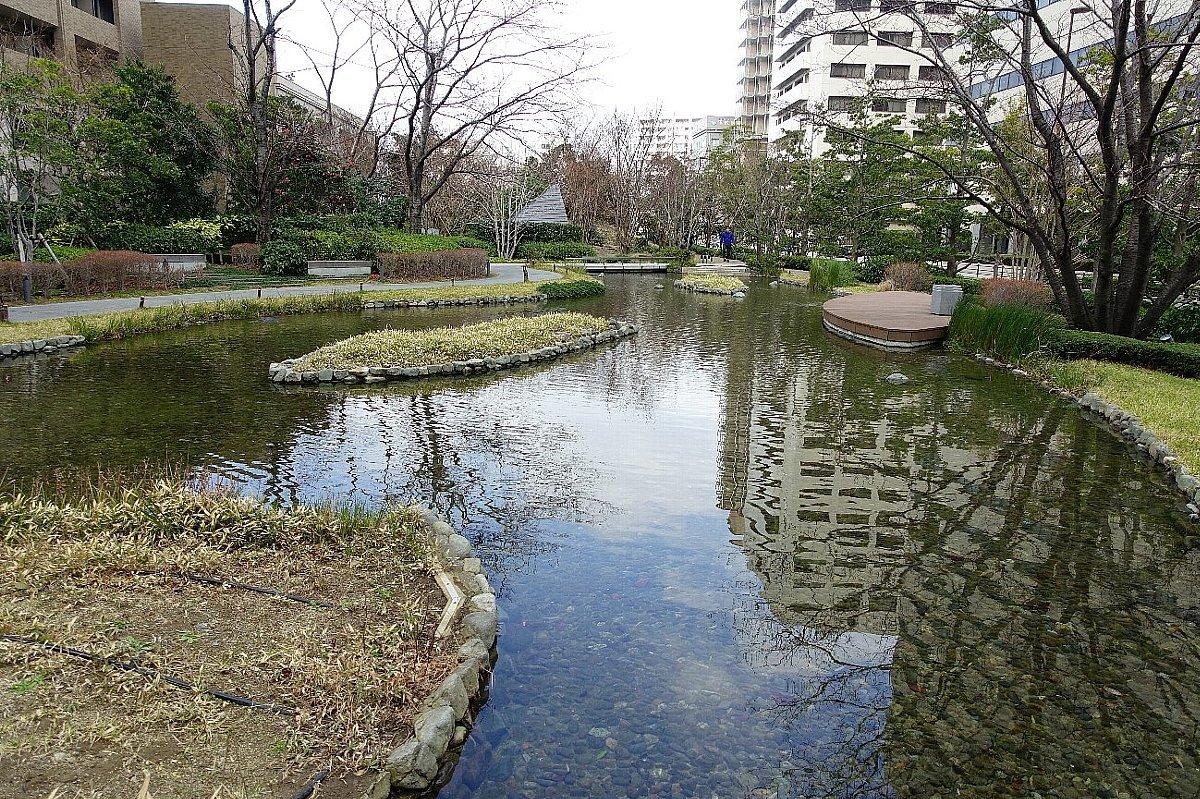 グランフロント大阪 ザ・ガーデン_c0112559_08293416.jpg
