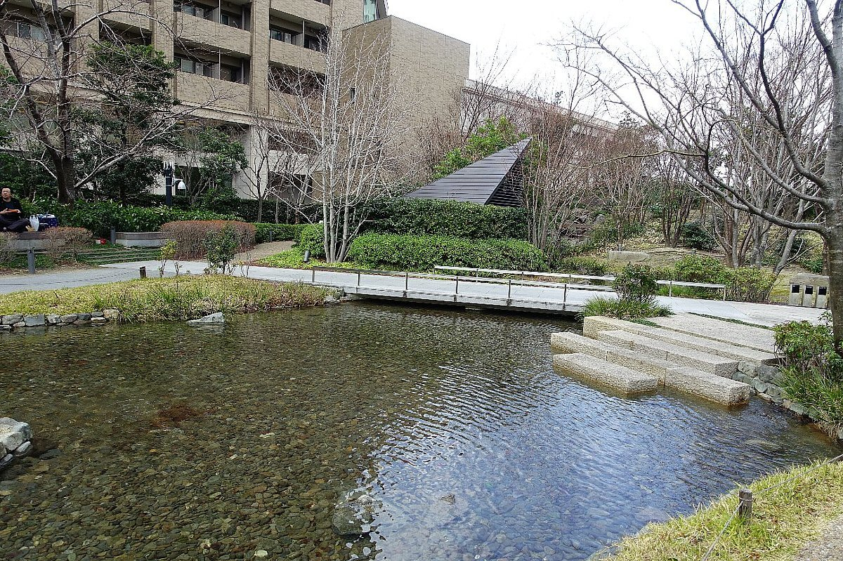 グランフロント大阪 ザ・ガーデン_c0112559_08295305.jpg