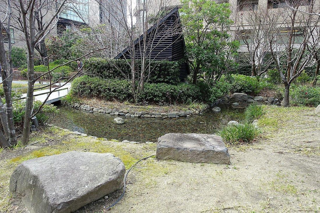 グランフロント大阪 ザ・ガーデン_c0112559_08303117.jpg