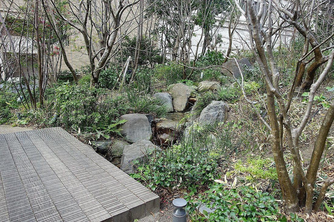 グランフロント大阪 ザ・ガーデン_c0112559_08310700.jpg