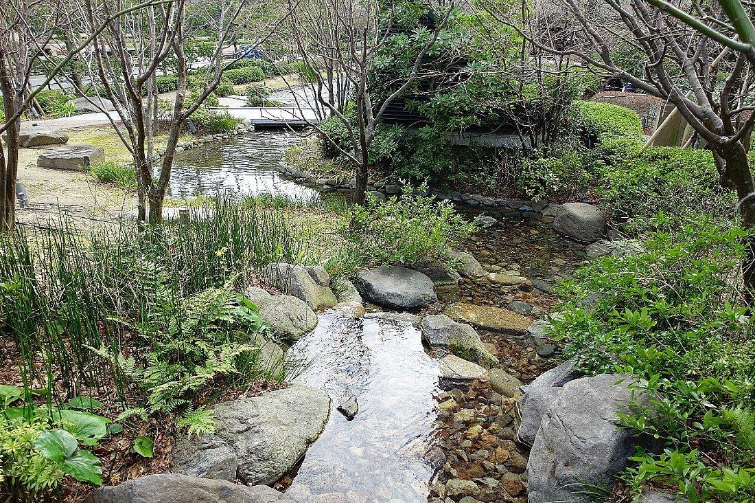 グランフロント大阪 ザ・ガーデン_c0112559_08323981.jpg
