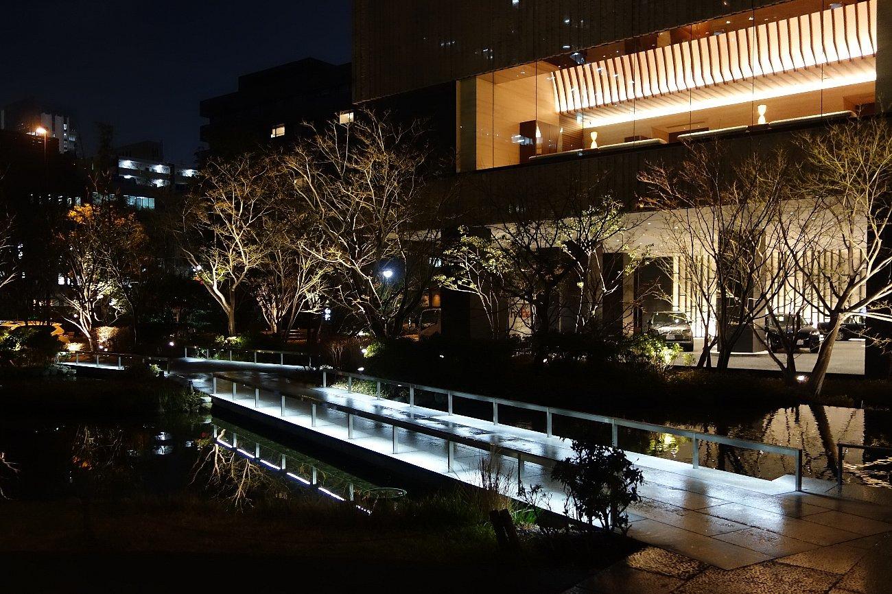 グランフロント大阪 ザ・ガーデン_c0112559_08360006.jpg