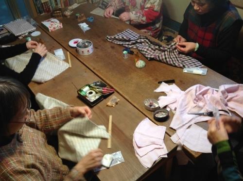 春を迎える『ちくちく手縫いの会』ご報告_b0153663_23311515.jpeg
