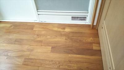 床のメンテナンス_d0165772_18004402.jpg