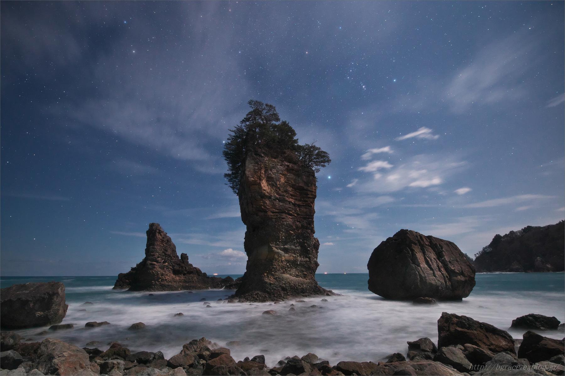 月光の三王岩_b0191074_22365766.jpg