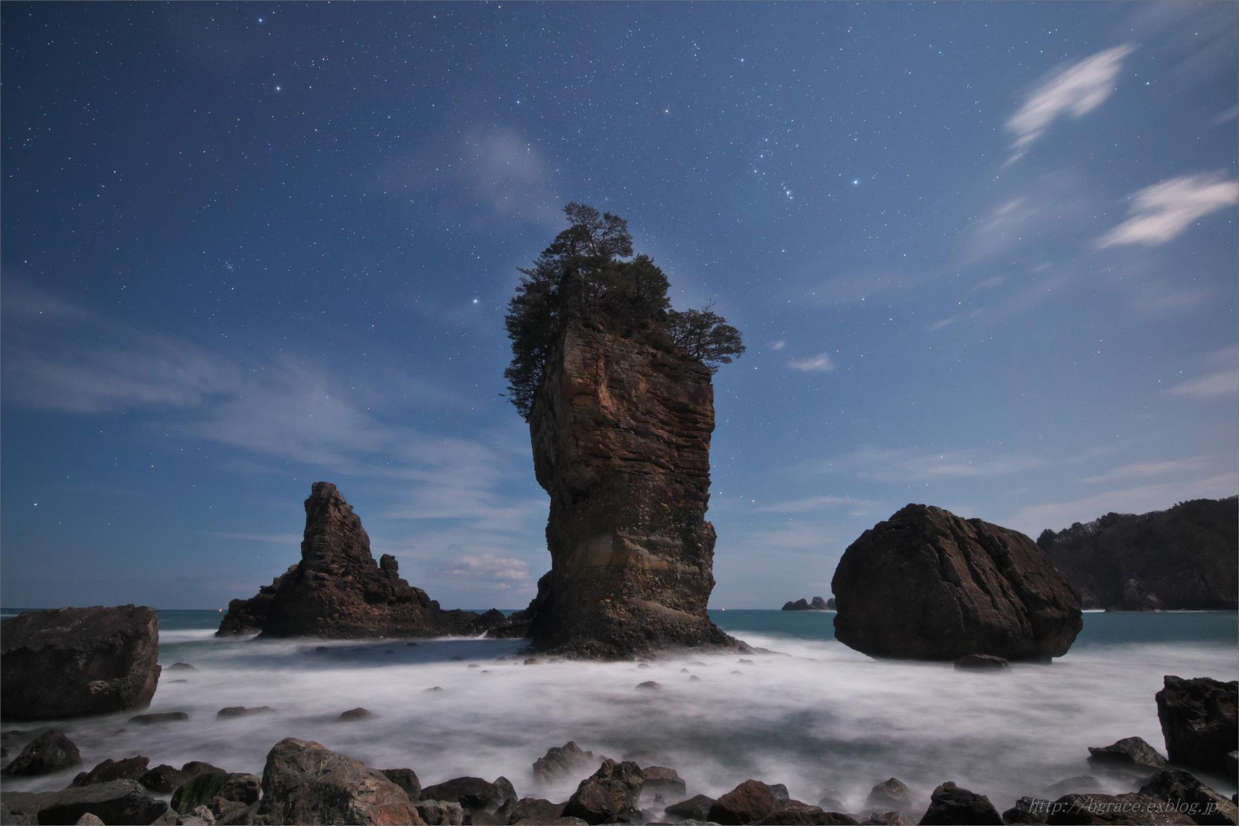 月光の三王岩_b0191074_22370529.jpg