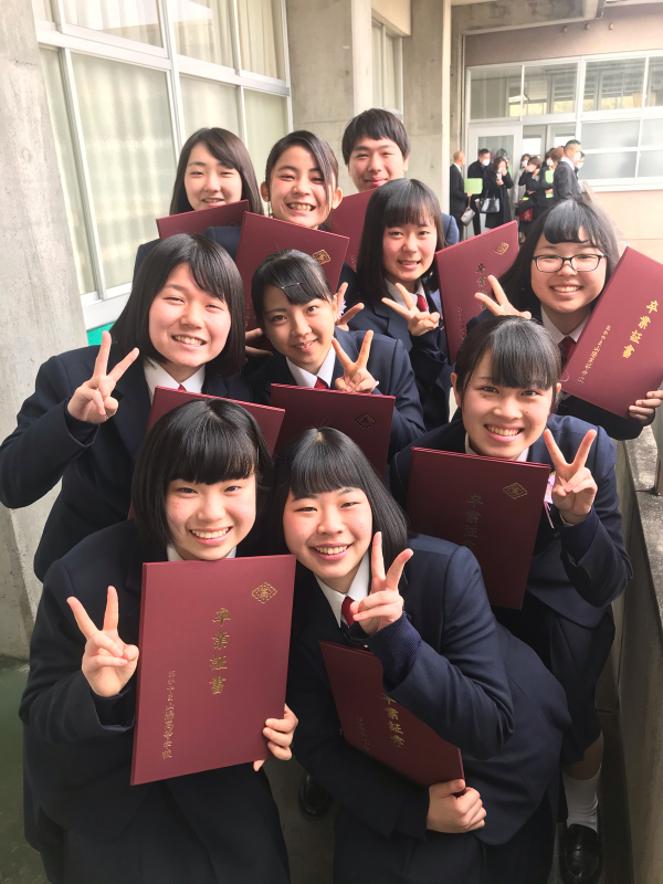 第72回おかやま山陽高校卒業証書授与式_d0016622_13291198.jpg