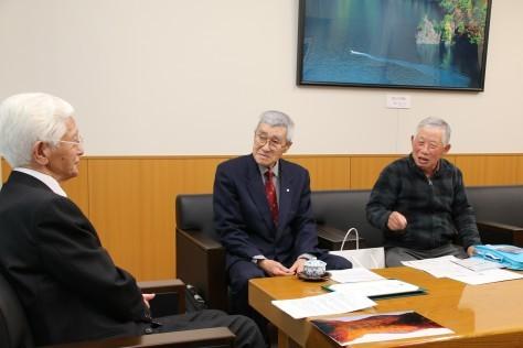 十和田山岳振興協議会が日本山岳遺産に認定されたことを市長に報告_f0237658_11470620.jpg