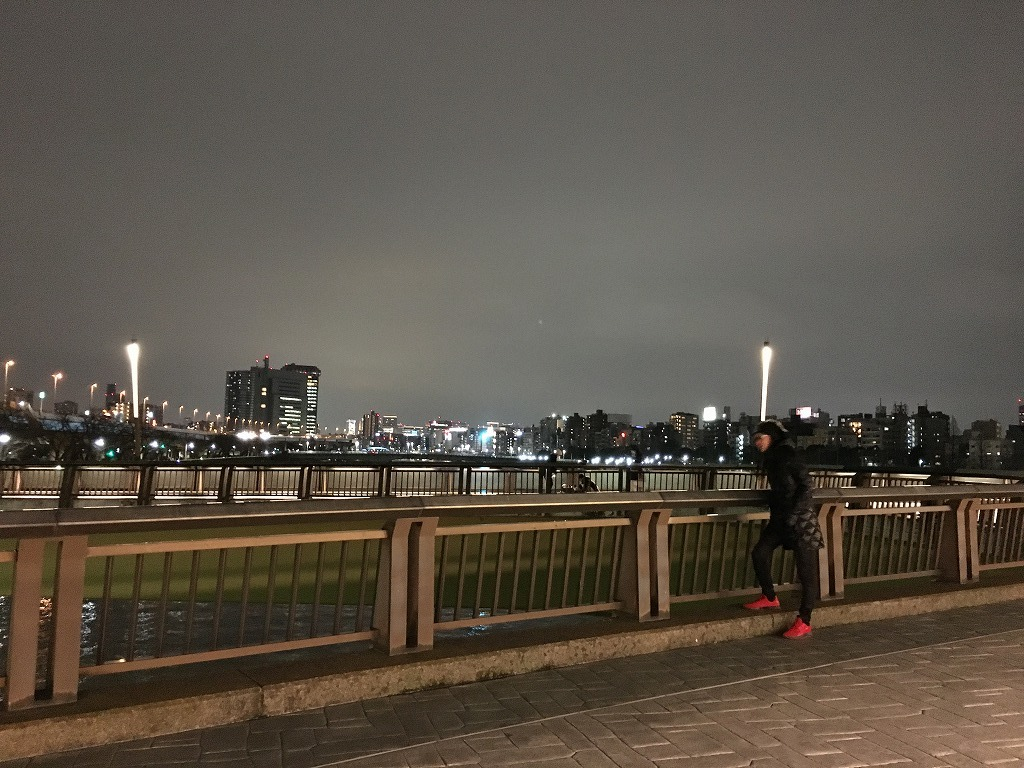 【スカイツリーのよく見える桜橋を渡り浅草へ 2/26】新コロ外出自粛がなんだ、空いてる都心が見たい!浅草泊まり掛け 4_d0061678_15071540.jpg