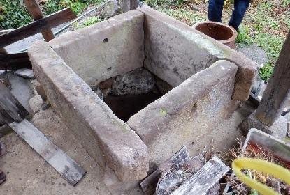 井戸をのぞきこむ_e0077899_113340.jpg