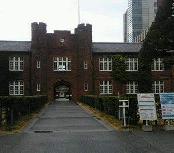 学校の窓 池袋(東京)_e0098739_16471196.jpg
