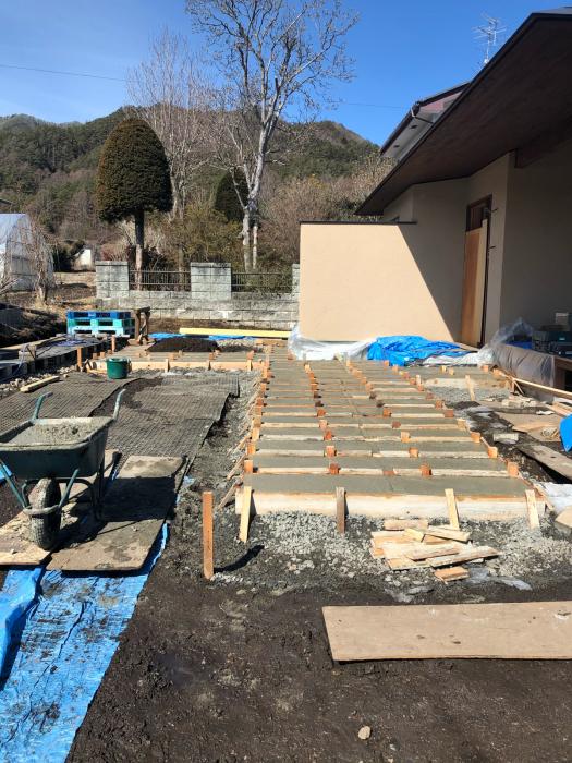 コンクリート洗い出しアプローチ_c0112447_10265726.jpg