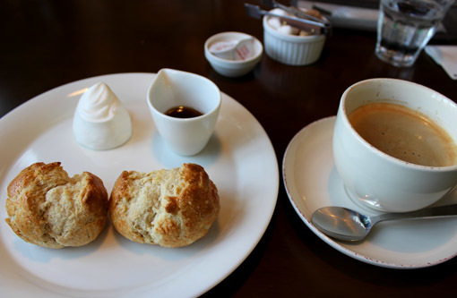 スコーンが美味しいカフェ_a0329820_11355786.jpg