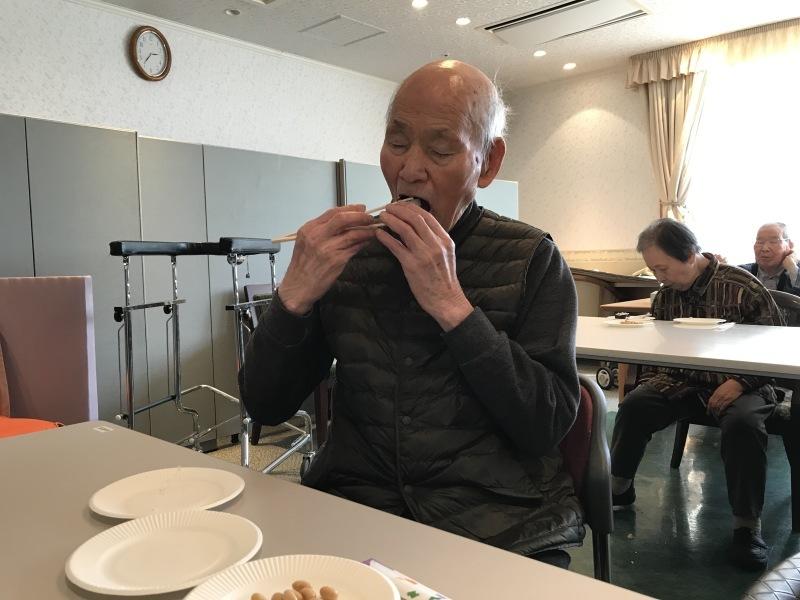 厄払いで巻き寿司食べました。_e0163042_17481364.jpg