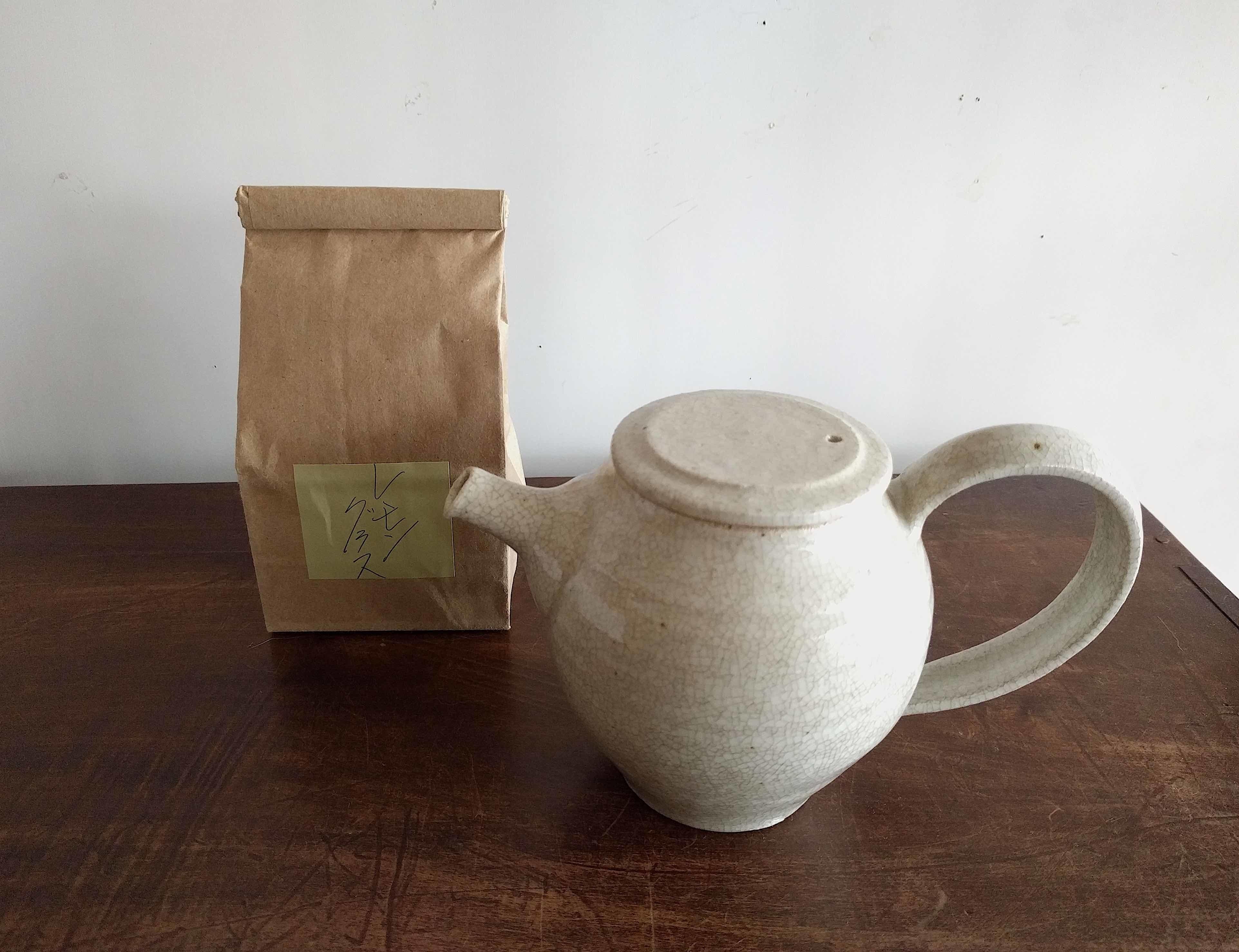 温かいお茶で一服しましょう_a0265743_21372390.jpg