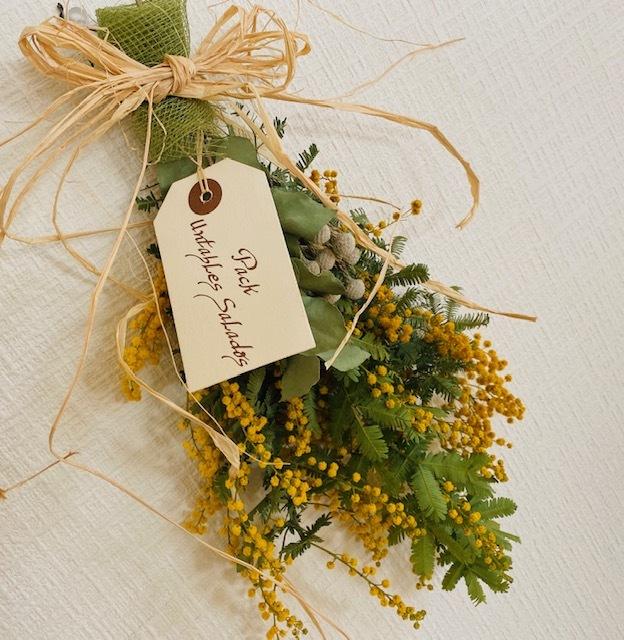 Mimosa Swag  お嫁さんからのユーカリを合わせて♪_a0165160_16574793.jpg