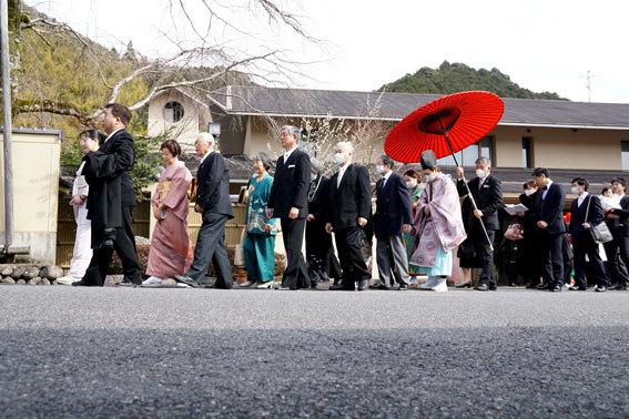 滞りなく記念婚式終える(1)_b0145296_16453461.jpg