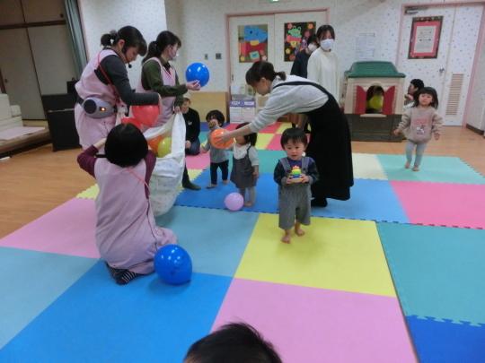 2020.02.25 絵本とお遊び会_f0142009_13203688.jpg