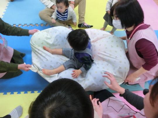 2020.02.25 絵本とお遊び会_f0142009_13271066.jpg