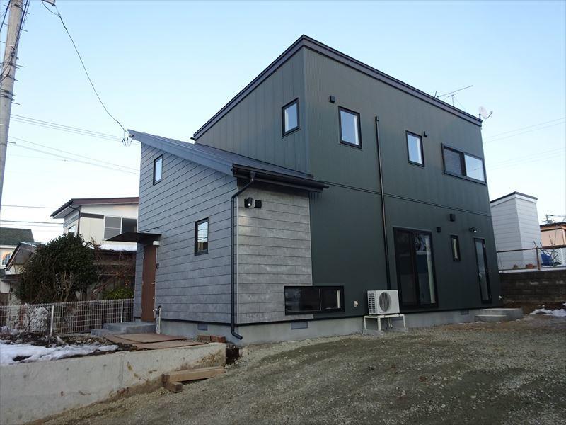 滝沢 穴口の家 完成写真!_f0105112_04593444.jpg