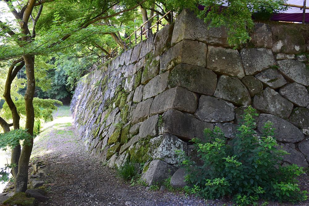 丹波亀山城を歩く。 その1 <大本・天恩郷>_e0158128_19364747.jpg