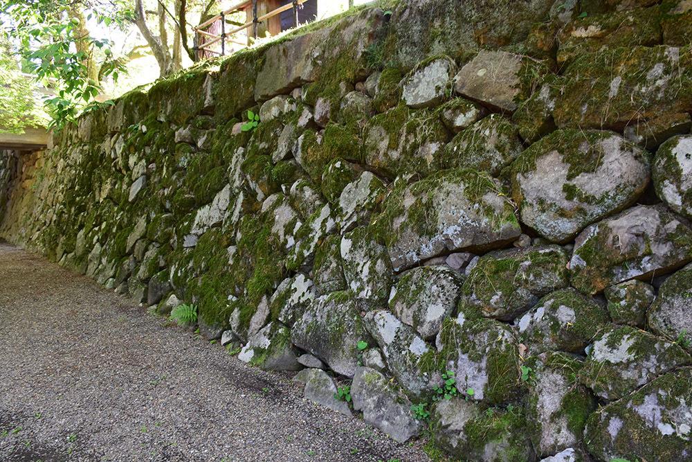 丹波亀山城を歩く。 その1 <大本・天恩郷>_e0158128_19365084.jpg