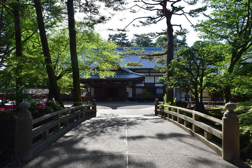 丹波亀山城を歩く。 その1 <大本・天恩郷>_e0158128_19390418.jpg
