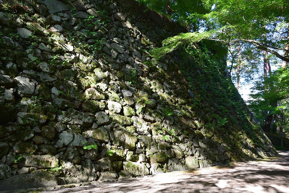 丹波亀山城を歩く。 その1 <大本・天恩郷>_e0158128_19551663.jpg