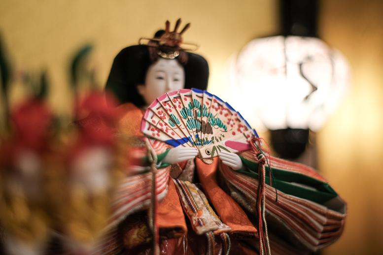昭和の和製レンズが見た雛人形_f0265234_21590995.jpg