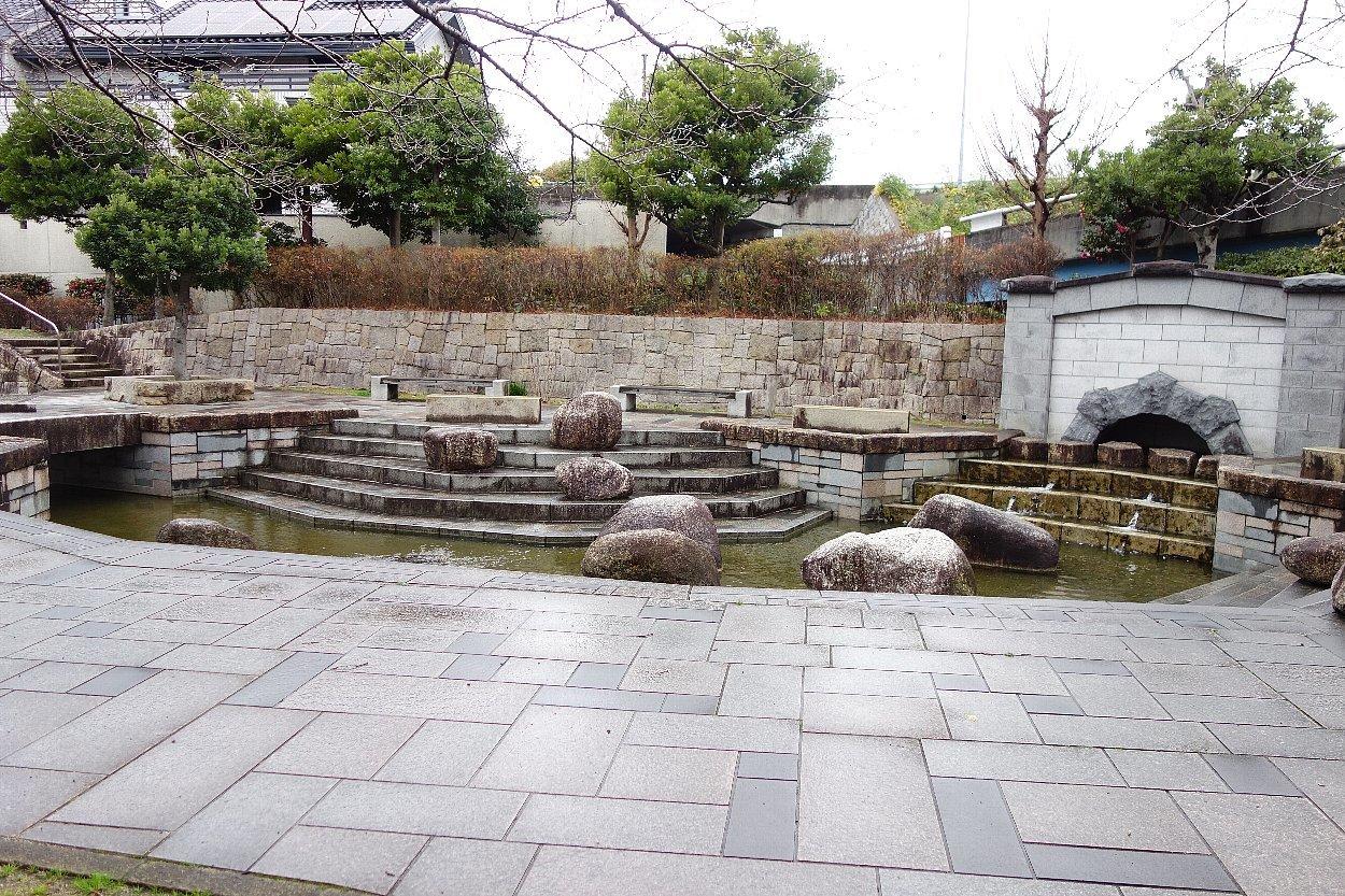 枚方市 水面廻廊_c0112559_09260059.jpg